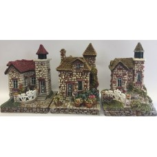 Resin House Type Temples 5X7cm - 3 Styles Box 3